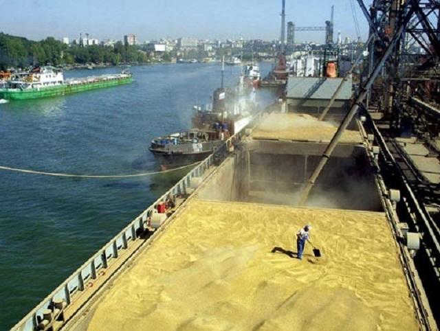 Прогноз. В России может быть достигнут рекорд месячных отгрузок зерна на экспорт.